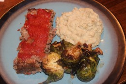 I couldn't help myself, another picture of my delicious Paleo Meatloaf and roasted brussels sprouts and cauiliflower mashers