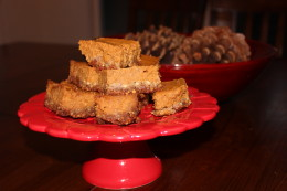 I can't help myself but don't these Paleo Pumpkin Pie Bars scream FALL or what?