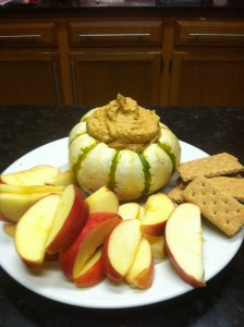 Pumpkin Dip and apples and graham crackers